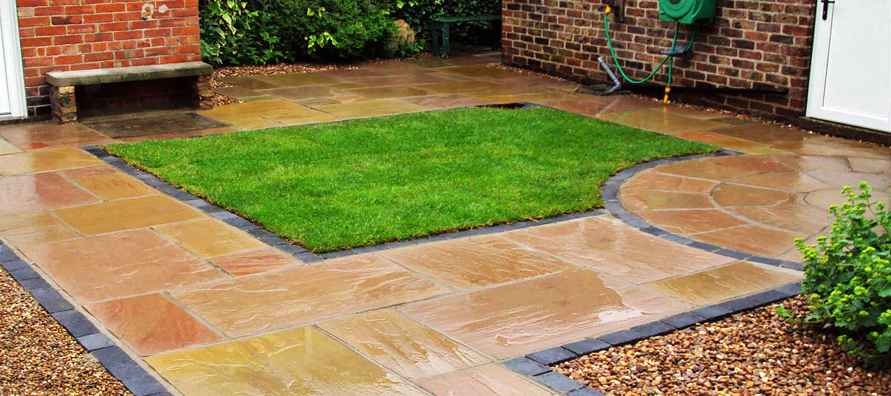 Right Paving Are Specialists In The Installation Of Block Concrete Setts Slabs And Natural Stone For Driveways Paths Patios